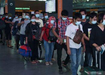 Pemulangan pekerja migran dari Bandara KLIA 2. (ANTARA Foto/Agus Setiawan (1))