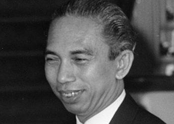 Adam Malik, mantan wartawan yang menjadi Wakil Presiden RI ketiga. (Sumber Foto: koranindependen.com/nasional)